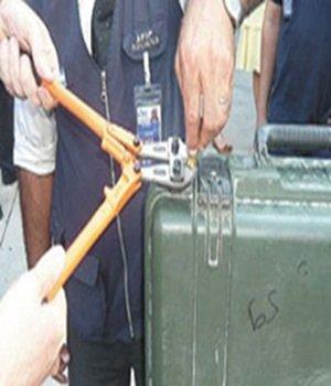 La Polic�a detiene a 15 personas e intervienen ocho kilos de coca y m�s de 17.000 euros�