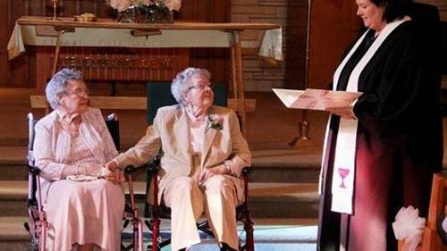 Tras 72 años de espera se dan el sí quiero