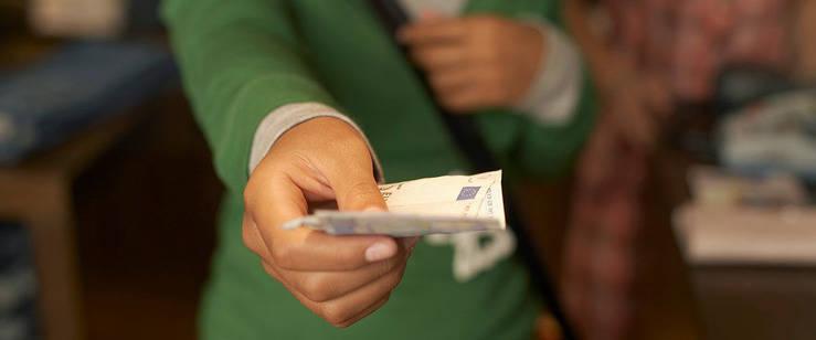Agenda oculta: El PP limitará a 1.000 euros el pago en efectivo si gana las elecciones