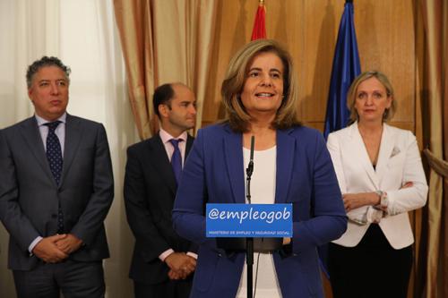 Fátima Báñez anuncia dos nuevos programas para crear empleo