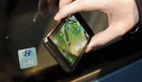 Conducir con el teléfono móvil puede hacerse real