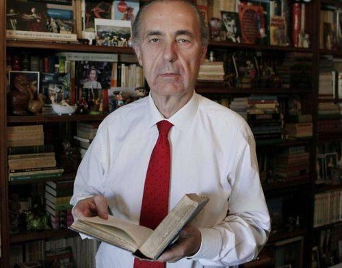 Luís Alberto de Cuenca, Premio Nacional del Poesía