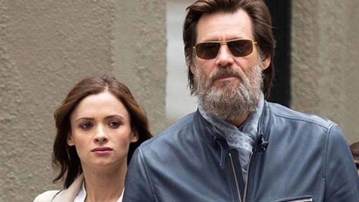 La ex pareja de Jim Carrey se quita la vida