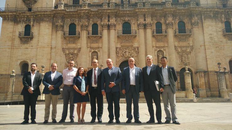 El alcalde de Jaén recibe al presidente nacional de Techpro y Alisea