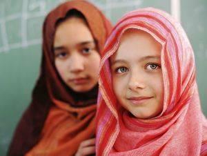 Casi nueve niñas por minuto son 'obligadas' a casarse