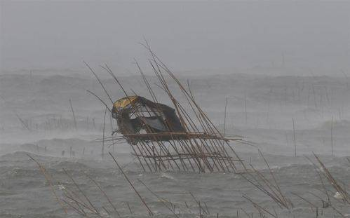 El tifón Melor toca tierra en Filipinas