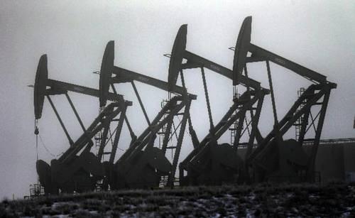 La caida del precio del petróleo beneficia a nuestras empresas