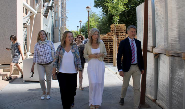 El Archivo General de Andalucía inicia su traslado hacia el Pabellón del Futuro