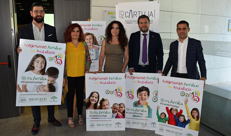 Casi 2.800 menores se encuentran acogidos por familias en Andalucía