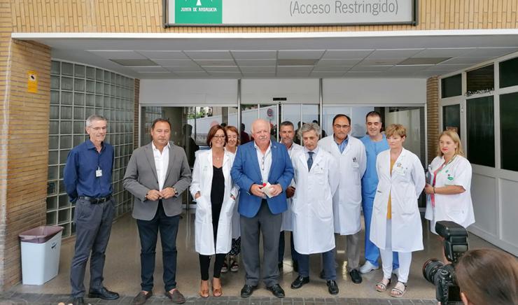 Las Urgencias del Virgen del Rocío de Sevilla llevan atendidos mil pacientes más que el verano pasado