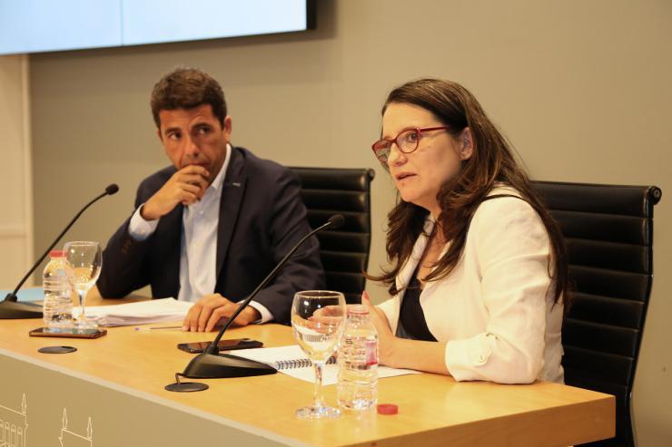 Oltra anuncia la constitución de una mesa técnica con las diputaciones provinciales para el desarrollo de la Ley de Servicios Sociales