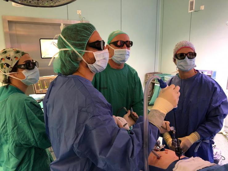 La Fe realiza el primer explante hepático de donante vivo por cirugía mínimamente invasiva en 3D