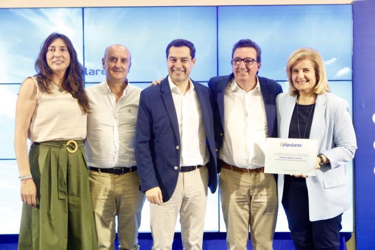 """Moreno: """"Trabajamos con humildad por Andalucía"""""""