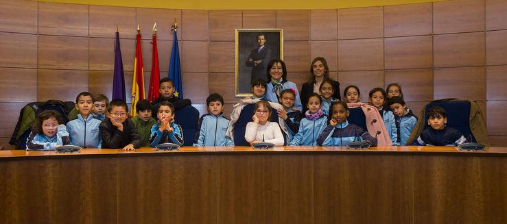 Más de 400 escolares se acercarán este curso al Ayuntamiento para conocer mejor su funcionamiento y la historia de Pozuelo