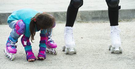 """Las familias disfrutaron de la jornada """"Pozuelo de Ruedas"""" con bicis, patines y skate"""