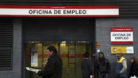 Con la bajada del paro de noviembre Rajoy 'cumple' su palabra
