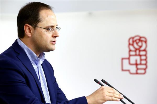 El PSOE se enroca en el