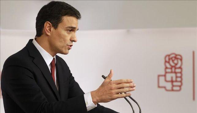 Sánchez asegura a Rivera que las elecciones erán la última opción