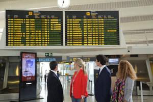 Más de la mitad de los jóvenes creen que tendrán que irse de España para trabajar