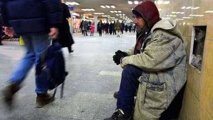 Pese a la disminución del paro se intensifica la pobreza