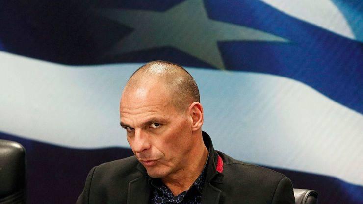 Varoufakis vuelve a la carga con un partido europeo