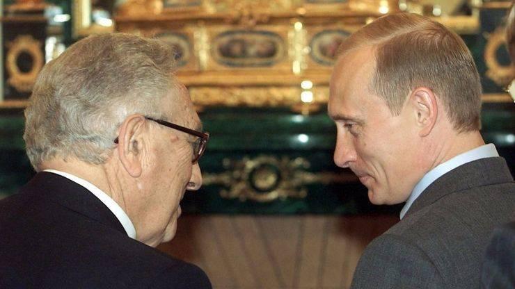 La misteriosa reunión de Kissinger con Putin desencadena los rumores de guerra entre Turquía y Rusia