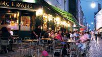 Francia 'prohíbe' las pantallas en las terrazas de los bares