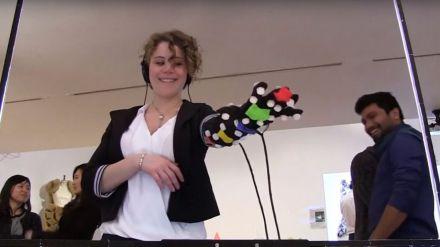 ¿Y si la realidad virtual nos permitiese tocar?