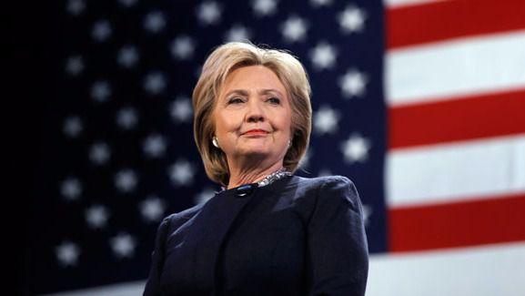 Clinton zanja la polémica sobre su salud