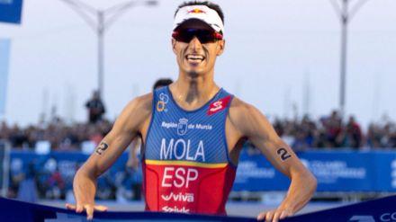 Mario Mola, campeón del mundo en un desenlace inesperado
