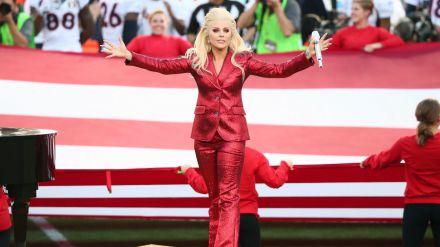 Lady Gaga no estará sola en la Super Bowl