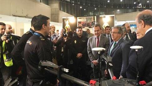 El ministro del Interior inaugura el Salón Internacional de Tecnologías de Seguridad Nacional HOMSEC 2017