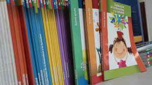 Educación revisará los libros de textos escolares