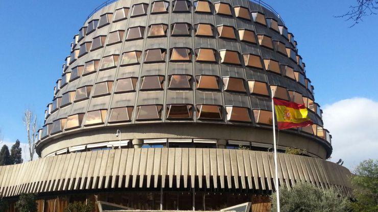 El Constitucional frena la ley de ruptura que aprobó el Parlament