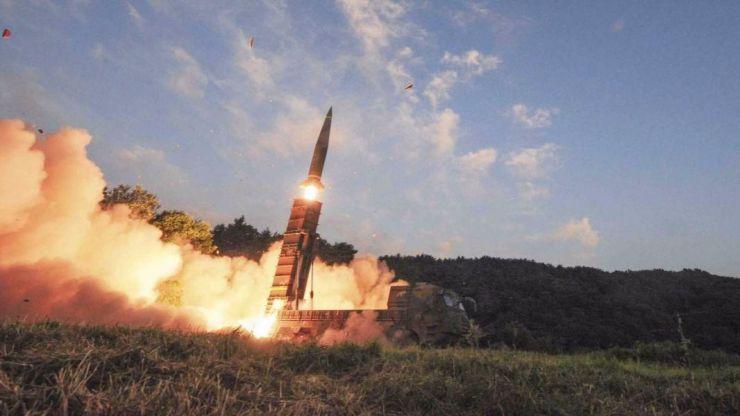 Corea del Norte sigue provocando: lanza otro misil que sobrevuela Japón