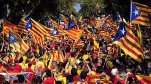Las empresas huyen de la inestabilidad política catalana