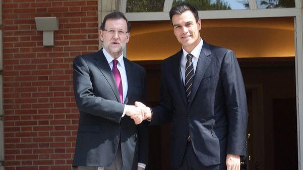Rajoy sólo escucha al frente constitucional