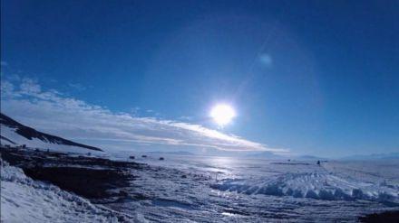 Los Ovnis sobrevuelan la Antártida durante dos horas