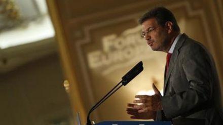 Catalá reclama la vuelta a la legalidad en Cataluña para recuperar la estabilidad y la certidumbre económica
