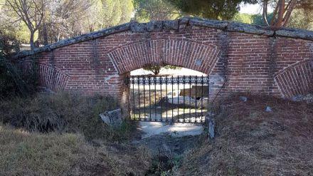 El PP de Pozuelo bloquea el plan de Madrid para recuperar las verjas de Sabatini