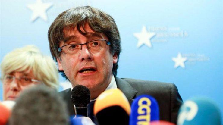 Puigdemont y el resto de su Govern citados a declarar este jueves