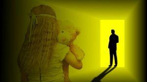 Detenido por abusar sexualmente de su sobrina de tres años y grabarlo