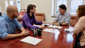 El Ayuntamiento de Huelva ofrece sus servicios de inserción sociolaboral a los usuarios de Proyecto Hombre