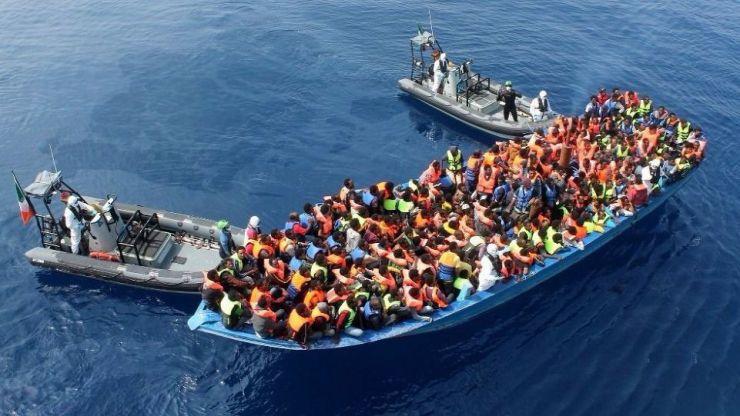 Los socialistas plantean solución a la crisis migratoria en el Mediterráneo