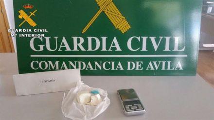 Desmantelado un punto de venta de cocaína en Mombeltrán (Ávila) y detenidas dos personas