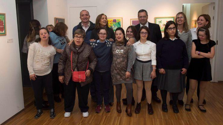 """El Centro Cultural Padre Vallet acoge la muestra """"Pinceles para la Inclusión"""""""