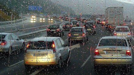 El Ayuntamiento refuerza sus medidas de gestión del tráfico por la lluvia