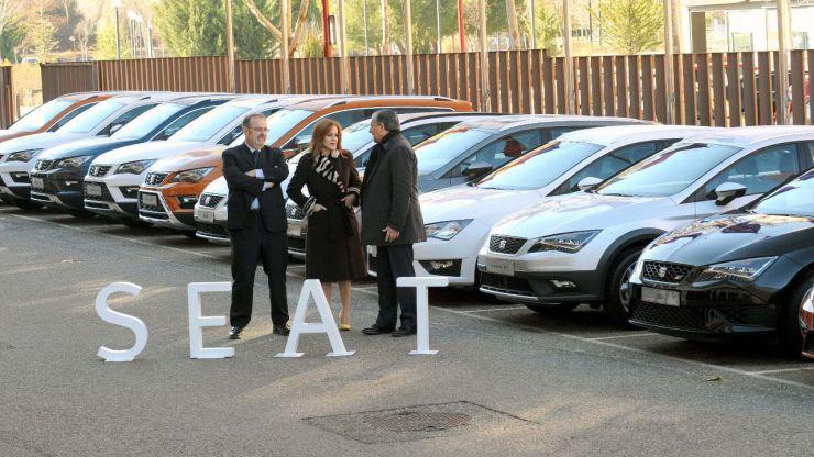 Educación recibe 20 coches donados por SEAT para su uso educativo en centros con enseñanzas de Formación Profesional de la Comunidad