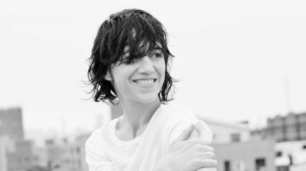 Charlotte Gainsbourg regresa con colaboraciones de lujo: Paul McCartney y Daft Punk