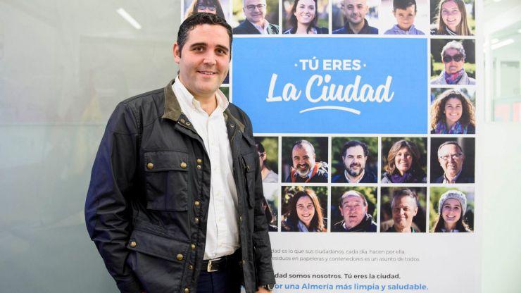 """El Ayuntamiento de Almería """"felicita"""" en su nueva campaña de limpieza"""